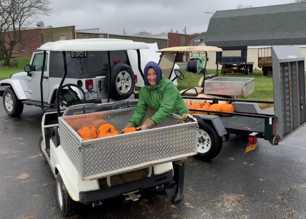 Cornell pumpkin donation to San Simeon by the Sound